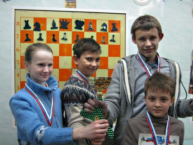 Команда из Свободной школы - 1 место