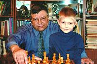 А.Подымов с внуком Колей