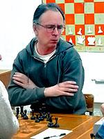 Победителем первенства города Обнинска по шахматам среди мужчин стал кандидат в мастера Антон Логинов
