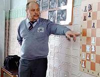 Мастер класс и сеанс одновременной игры в Медыни провёл Игорь Сокрустов