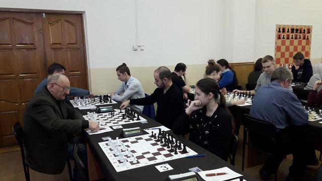 Чемпионат ЦФО по шахматам. После трёх туров