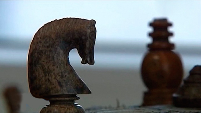 Шахматную доску 17 века обнаружили у берегов Карского моря