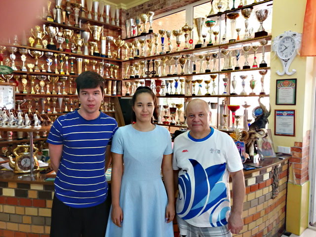 Международные мастера по шахматам Савелий Голубов и Анна Афонасьева на тренировочных сборах в Краснодарском крае