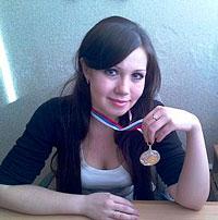 Сотрудница газеты «Приамурские Ведомости» Юлия Бермес заняла второе место в Открытом кубке Хабаровского края по шахматам, уступив только тренеру по этому виду спорта Наталье Антипиной.